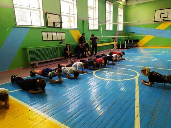Выездные мастер-классы для детей из школы интерната с нарушением слуха г. Тирасполь от волонтеров движения Workout