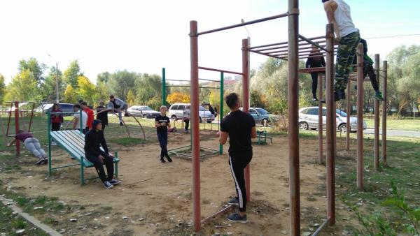 """Для развития массового спорта, лидеры движения """"Workout Spirit"""" посещают спорт.площадки районных центров (Рыбница, Григориополь, Дубоссары)"""